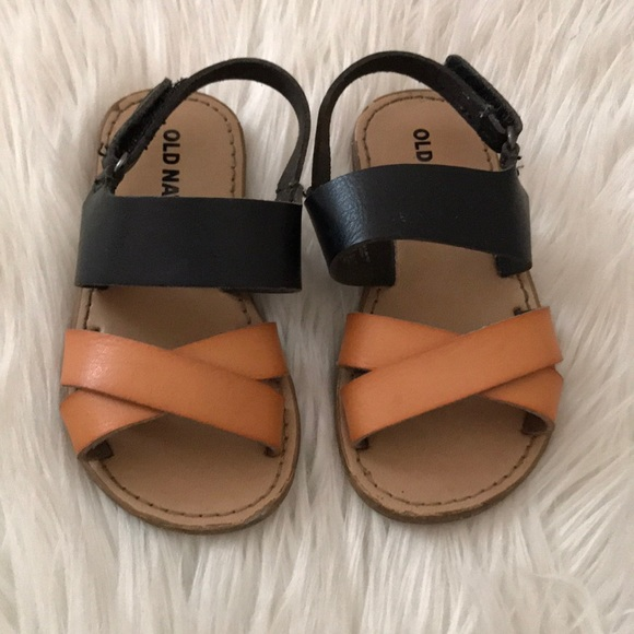 Old Navy Other - Old navy toddler sandals