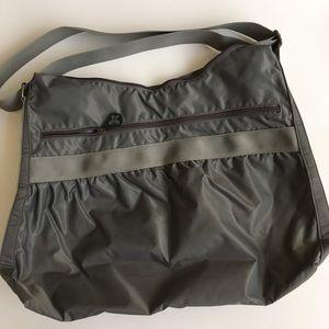 Old Navy handbag(shoulder/crossbody)