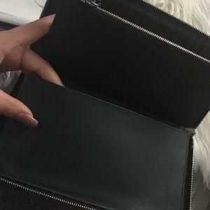 Prada Bags - ✨PRADA WALLET✨