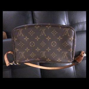 Real Louis Vuitton monogram Pallas clutch