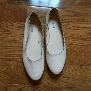 H&M Divided Cream Colored Flats