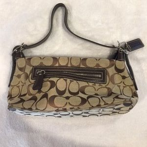 Authentic Coach purse nwot