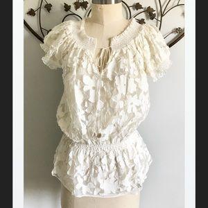 Kenar Delicate Feminine Ivory Tunic, S