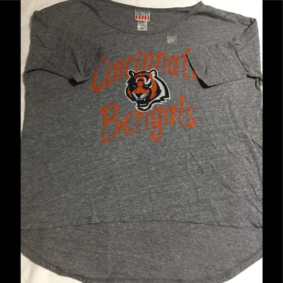 Junk Food Cincinnati Bengals Women s T-Shirt XL ccff8afac