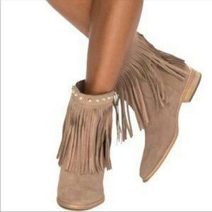 Tan tassel Michael Kors ankle boots // 6 // 36