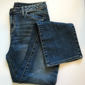 NWOT-MOSSIMO CURVY BOOTCUT JEANS