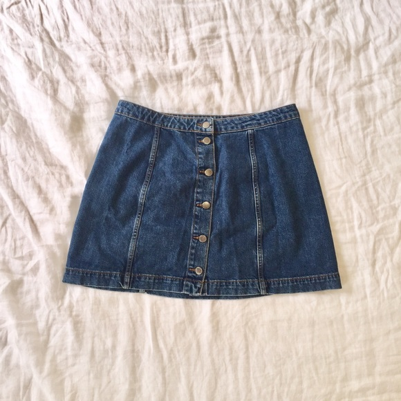 b6dcfa4a69 Topshop Skirts | Moto Button Through Denim Mini Skirt Sz 12 | Poshmark