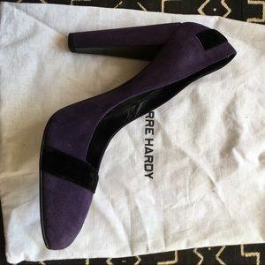Pierre Hardy Shoes - Purple suede Pierre Hardy pumps with velvet trim