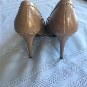 "Qupid Shoes - QUPID 4"" stiletto heels (taupe)"