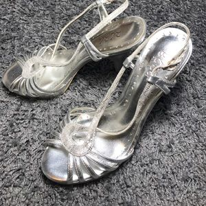 BCBG Shoes - BGBG Silver sling back heels