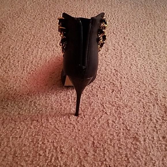 Wild Rose Shoes - Stiletto High Heels
