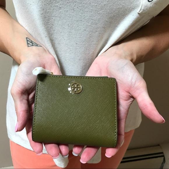 4d173c2f3405 Tory Burch Bags | Nwt Green Olive Robinson Mini Wallet | Poshmark