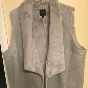 Super soft vest! 26/28