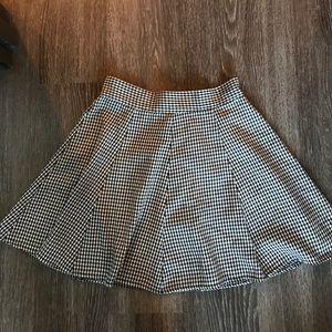 Brandy Melville houndstooth circle skirt
