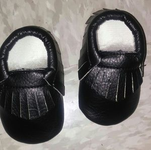 Other - Hot Item🔥🔥 Brand New Baby moccasins