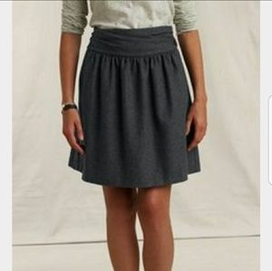 Land's End Gray skirt with pockets