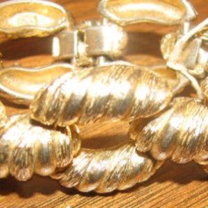 Vtg 1970s signed ACTII chunky gold rope bracelet