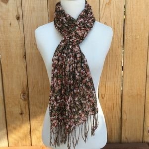 Accessories - 🆕 Long Floral Scarf