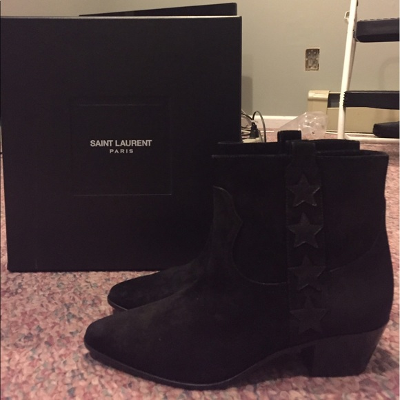 125d7605165f6 NWT Saint Laurent Rock 40 Star Suede Ankle Boots