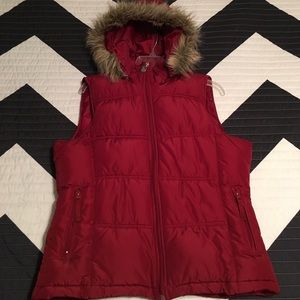 🆕❤️ Red Puffy Vest