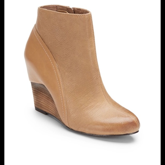 df57cfcae5e Vince Camuto Hillary Camel Wedge Boots. M 59b9df1f620ff76f96001bd8