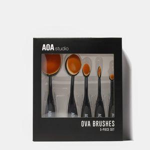 Ova Makeup Brush Set