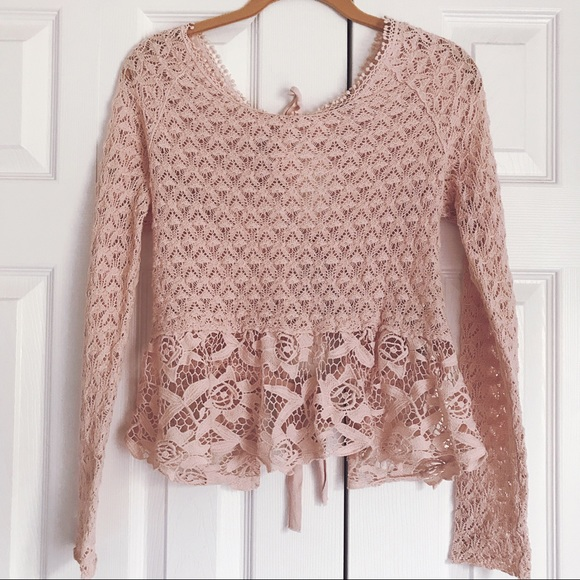 Free People Tops - Free People pink lace peplum top