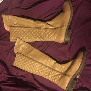 Cute light tan boots