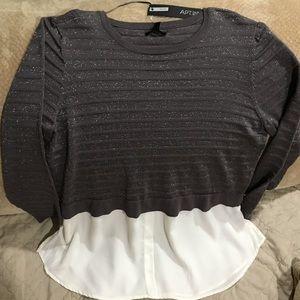 APT.9 New w/tag Gray/White Sweater w/shirt Bottom
