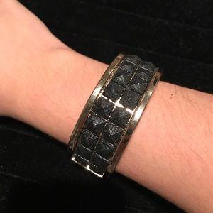 Jewelry - Statement bracelet