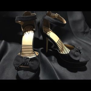 Dolce Vita high heel with bow