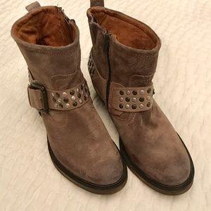 Josef Seibel ankle boots.