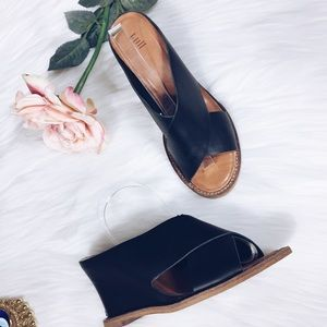 J.Jill leather Slide Crisscross Wedge Sandal 7