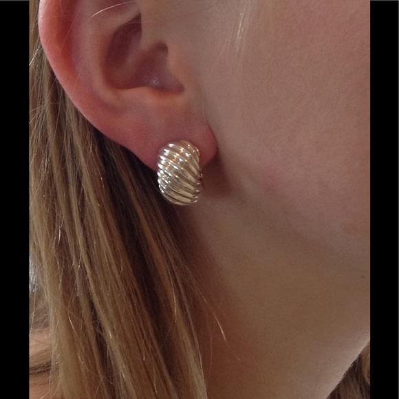d4e134a73ee82 David Yurman Cable Classics Shrimp Earrings