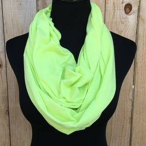 Accessories - 🎉HP🎉 🆕 Neon Yellow Infinity Scarf