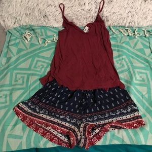 Other - Cute maroon & navy blue outfit