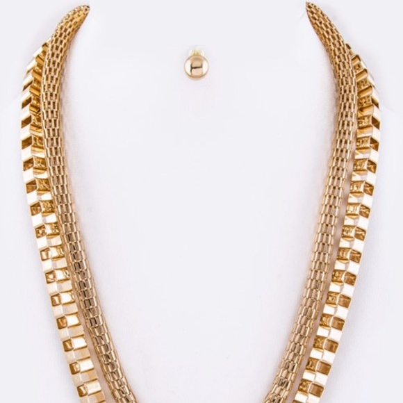 Jewelry - Crystal Chains Necklace
