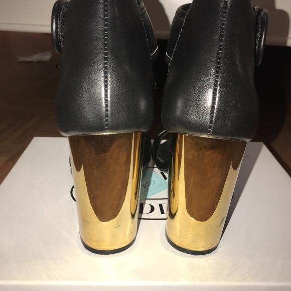 Steve Madden Shoes - Edgy Chunky Heel