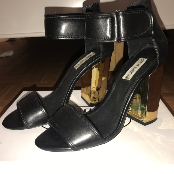 Steve Madden Shoes - Edgy Chunky Heel