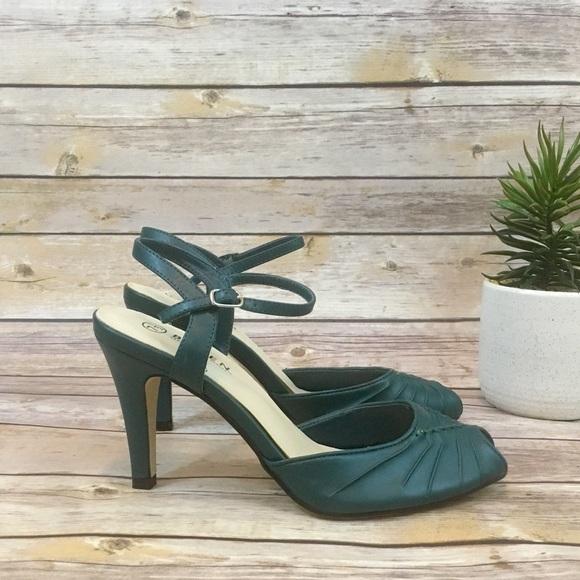 Bitten Shoes - BITTEN BY SARAH JESSICA PARKER HEELS