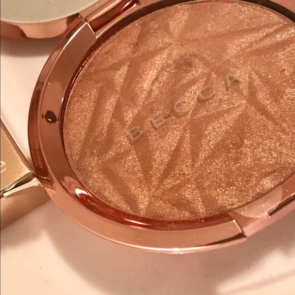 BECCA Makeup - BECCA Shimmering Skin Perfector