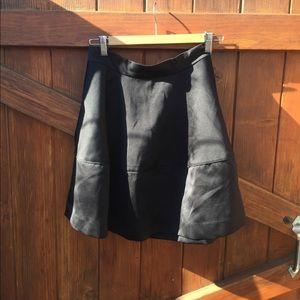 H&m black sateen skirt size 8