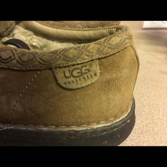 UGG Shoes - UGG Hermosa Brown Suede Leather Sheepskin Mens 10M
