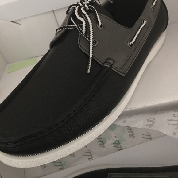 Shoes - Brand new size 9