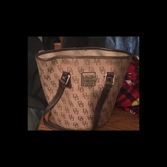 Dooney & Bourke Bags - Dooney and Bourke hobo purse
