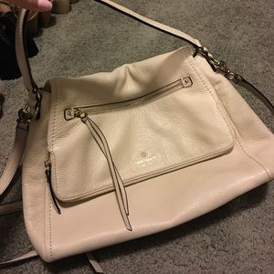 Kate Spade cream purse in great condition!