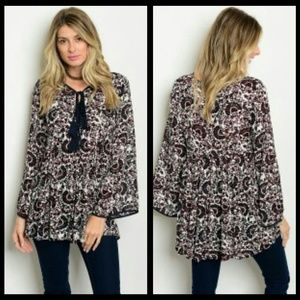 Tops - 🍒NEW🍒OFF WHITE, NAVY & BURGUNDY TUNIC BLOUSE