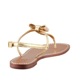 4d432a3ff14c Tory Burch Shoes - Tory Burch Bryn Pave-Bow Thong Sandal Size 10