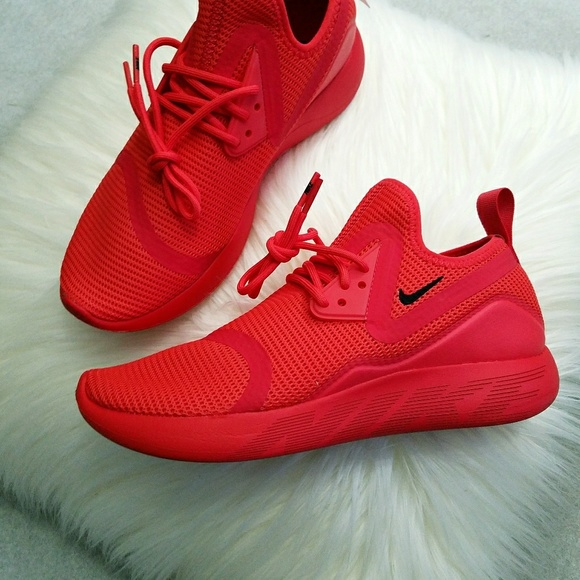 new concept b5fb9 dcb19 RARE Nike LunarCharge Breathe Triple Red