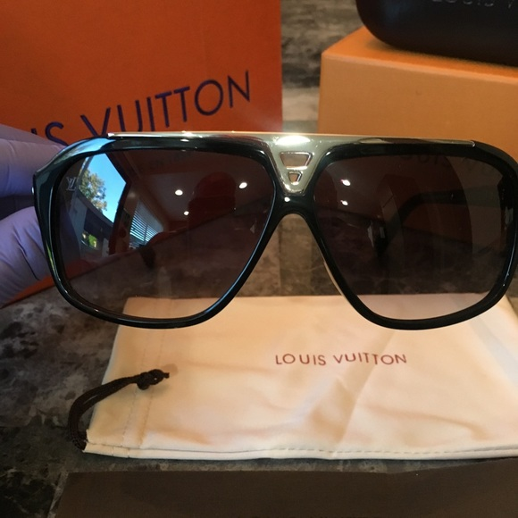 c277275fa Louis Vuitton Other - Louis Vuitton Evidence Sunglasses Black and Silver